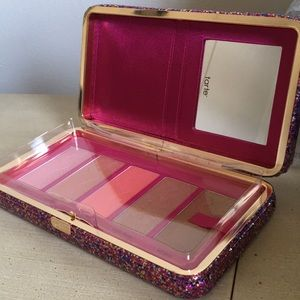 New Tarte blush clutch!